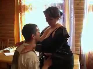 Zralý babičky nadržený pro the kohout