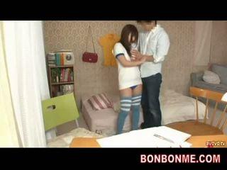 Guru gives seks pendidikan untuk remaja buah dada besar gadis 002