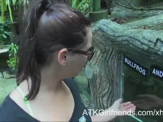 Ön elélvezés tovább remény howell's szemüveg tovább vakáció -ban malaysia