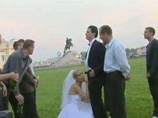 Bruid neuken in publiek na huwelijk