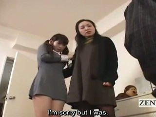Subtitle cfnm japanilainen koulutyttö ja milf saalis peeper