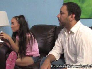 Amai liu goes černý v přední na ji otec