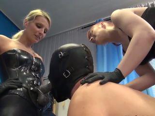 3 dommes 2 slaves & a rubberdoll, bezmaksas hd porno d8