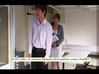 Akiho yoshizawa pintar asia perempuan gets alat kemaluan wanita licked