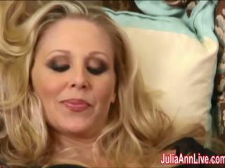Seksuālā mammīte julia ann cums grūti uz zeķe!