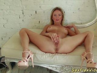 Flexi tiener stretching haar lichaam, gratis tiener lichaam hd porno 3c