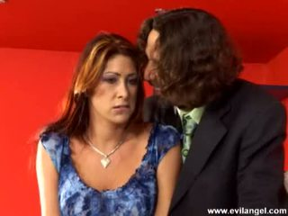 Scorching gyzykly jana tiffany mynx acquires o teaed with a uly sik on her hands