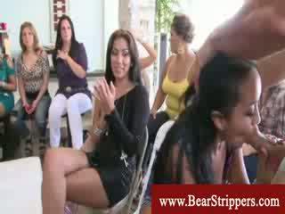 voyeur, striptease, piscando