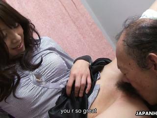 Velho homem é eating que molhada peluda jovem grávida cona para cima: hd porno 41