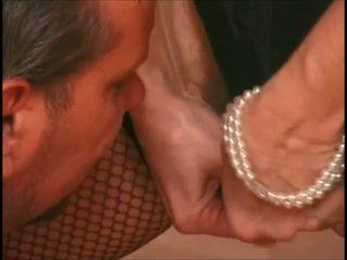 Matainas vecmāmiņa ir zeķe wakes augšup viņa slinks pakaļa: hd porno 36