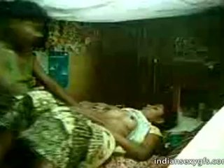 Desi 表妹 sister 骑 上 哥 在 家 alone - indiansexygfs.com
