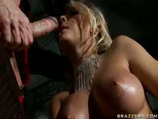grote borsten, kindje, pornstar