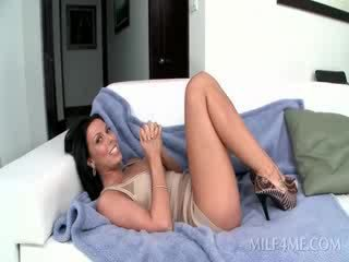 Wide spread hot MILF playing with bald...