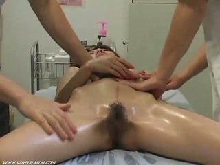Therapist finger fucking her pussy