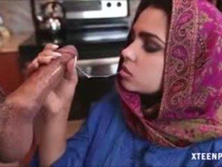 Middle eastern teismeline ada gives pea ja gets ripped raske