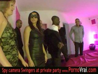 Prancūziškas svingeris vakarėlis į a privatu klubas dalis 03