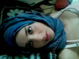 Goergeous arab babeh with bf-asw1039