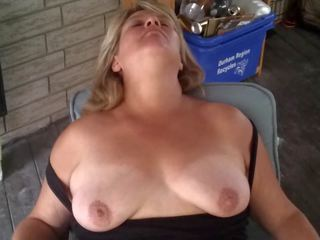 Heather en la patio: gratis mqmf hd porno vídeo 1d