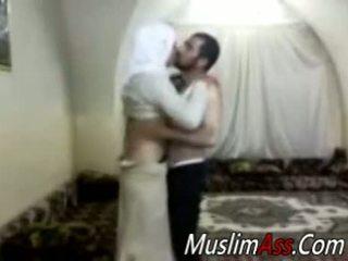 Hijab virgin סקס מצלמת
