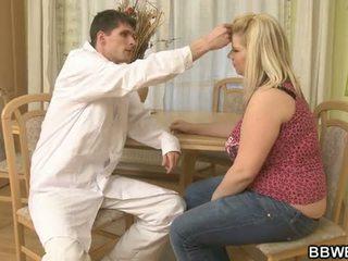 Doktor bangs hans feit pasient