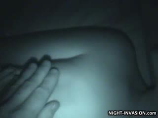 Кукла stroking shaft в сън