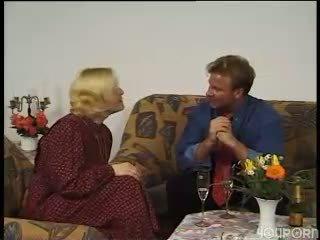 vecenīte, mājsaimnieces, vācu