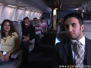 Caliente niñas having sexo en un airplane xxx