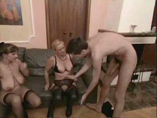 Amatore moshë e pjekur swingers treshe seks video