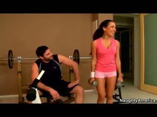 Amia miley banged i den gym