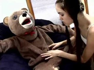 Sasha grey fucks a teddy クマ