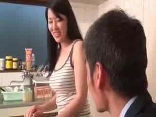bruneta, japonec, výstrek