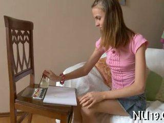 自由 法律 年龄 teenager 肛交 色情 视频