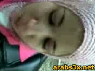 Arab נוער למצוץ זין
