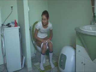 Polaca natasha em água closet
