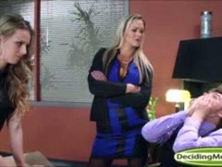 Abbey helps jillian gauti a darbas su analinis