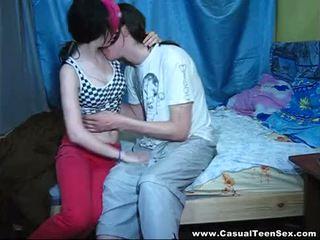 Casual ado sexe - casual sexe avec punk-emo teeny