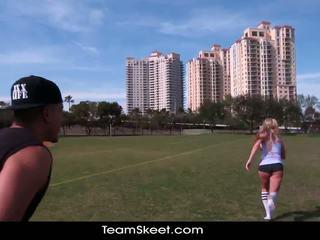 Therealworkout trágár szőke addison avery készült szeretet után football edzés