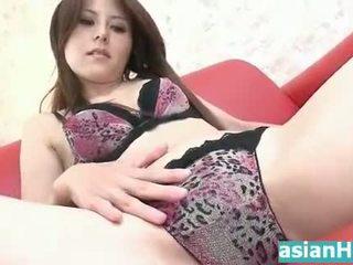 Erstaunlich heiß milf masturbates muschi