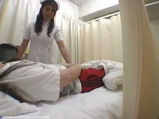 Pani pielęgniarka duties ward seks