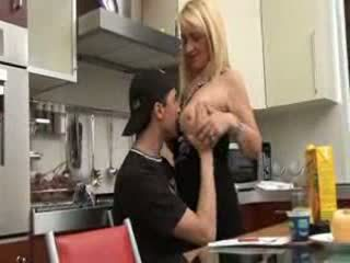 Italiana mãe e filho vídeo