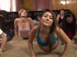 Yoga 클래스 이다 cancelled 으로 a daffy xxx 파티 이다 taking 장소