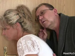 He Leaves And Sensuous Parents Seduces His Spicy Nymph