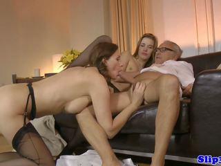 threesomes, เก่า + หนุ่ม, hd ของสื่อลามก