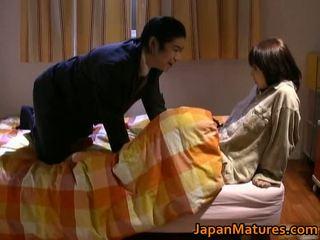 japansk, mammor och pojkar, särskilt allvarliga