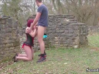 Duits amateur tiener koppel neuken openlucht voor eigen porno.