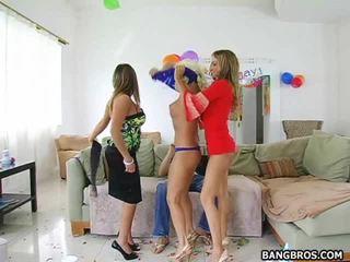 Pěkný a marvelous holky xxx videa na vidět pro volný