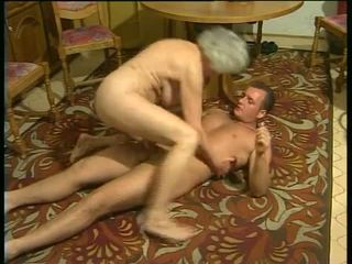 Seksikas koos kiimas vanaemad video