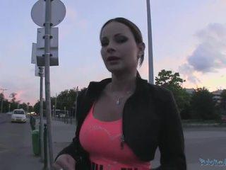 Beauty abbie gains कॅश और gets गड़बड़