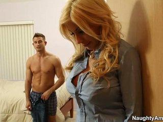 To titted cô gái tóc vàng puma swede finds thoải mái trong companion boyfriends meat gậy