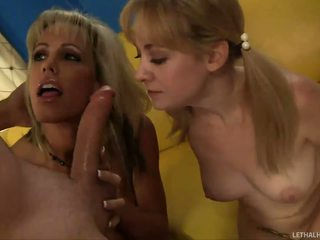 Jordan Lynn teaching her daughter how to suck